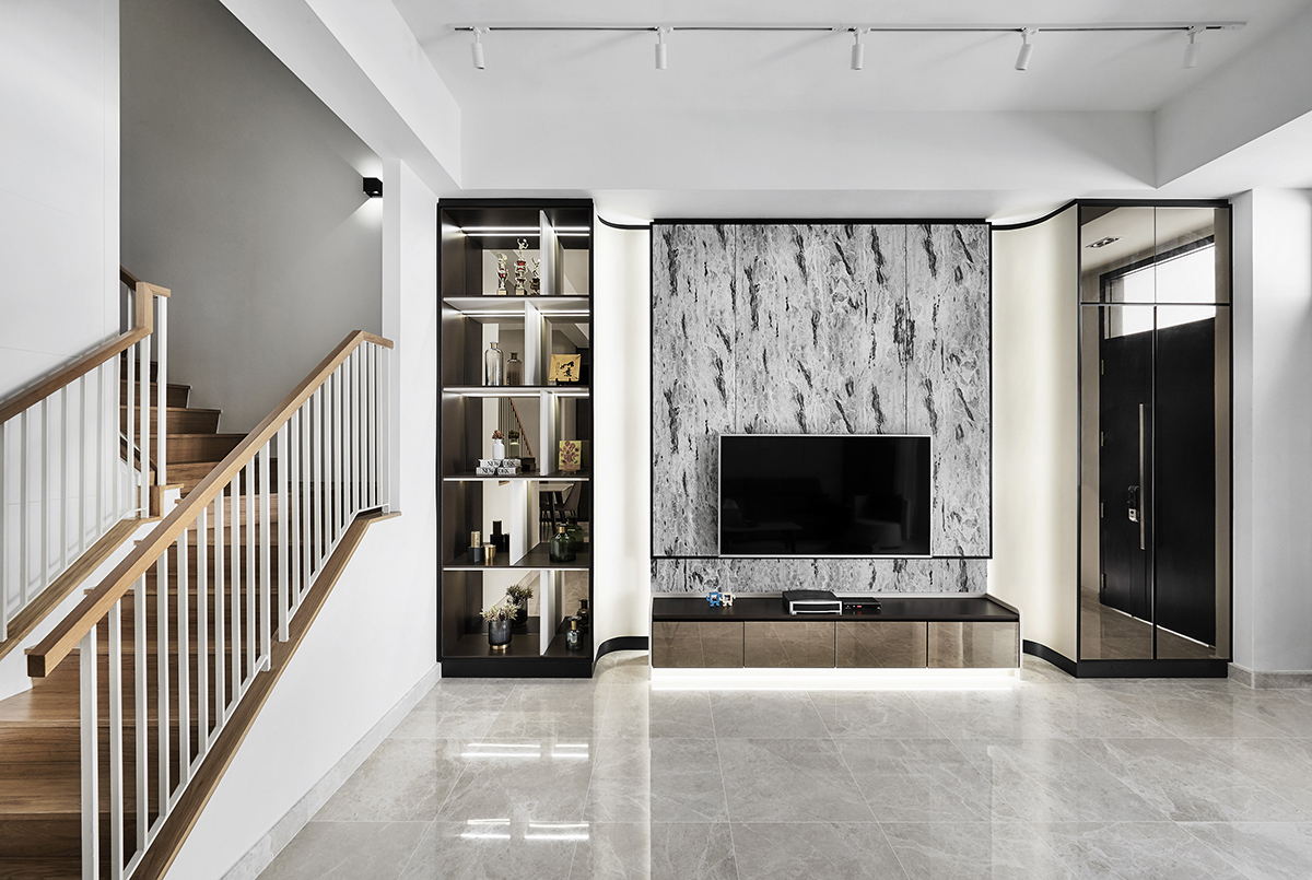 squarerooms richfield integrated home renovation makeover terrace house 5 bedroom minimalist luxury luxurious black and white monochromatic luxe yio chu kang marble feature wall living room area stairs white