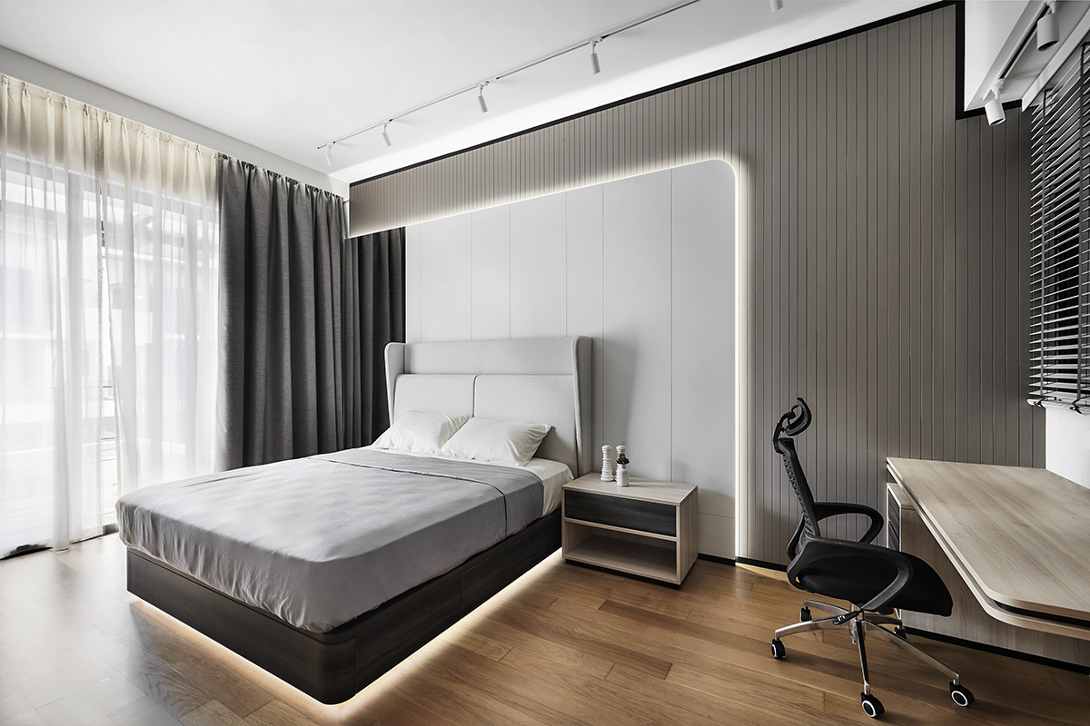squarerooms richfield integrated home renovation makeover terrace house 5 bedroom minimalist luxury luxurious black and white monochromatic luxe yio chu kang bedroom feature headboard wall rounded curved integrated light study desk office