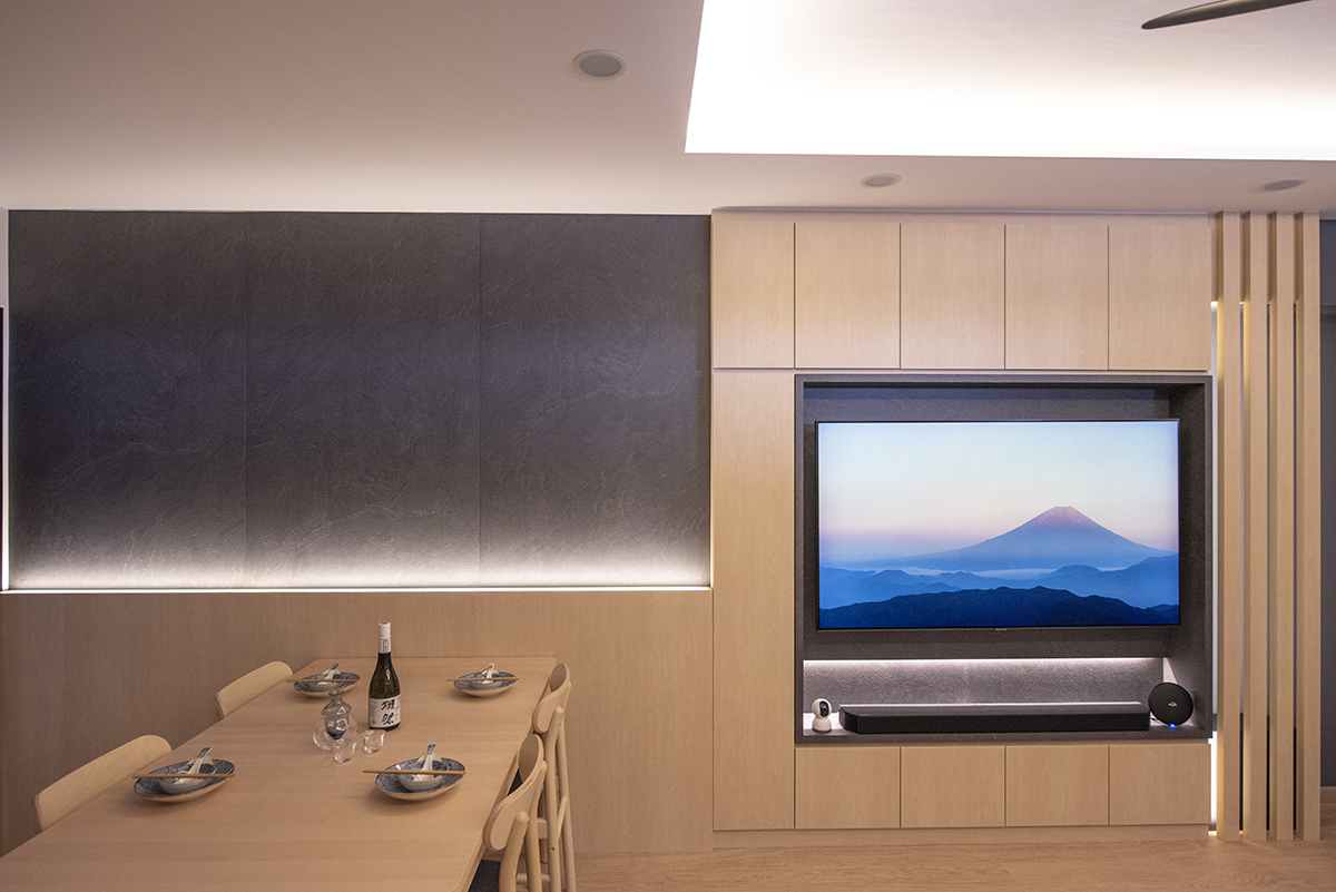 squarerooms darwin interior resale 4 room hdb flat renovation makeover interior design japanese japan inspired style japandi dining table area room tv living wood