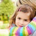 Manfaat pelukan bagi buah hati