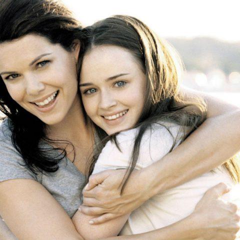 tips mendidik anak remaja dengan menjadi sahabat bagi anak