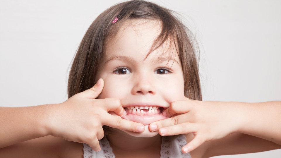bagaimana cara mencegah gigi berlubang pada anak c2f4eea0ba