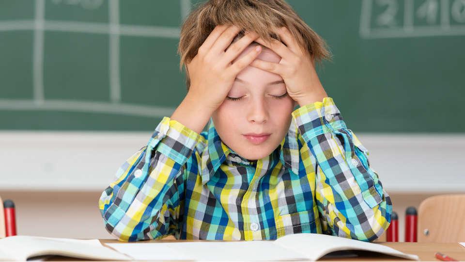 kenali jenis kesulitan belajar yang sering dialami anak