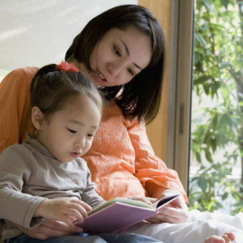 apa sih manfaat storytelling untuk kecerdasan anak