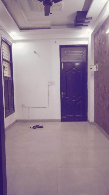 1 BHK 500 Sq.Ft. Apartment in Nyay Khand I