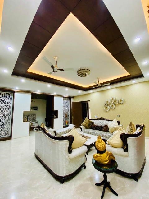 6+ BHK 542 Sq.Yd. Independent House in Eros Lakewood City