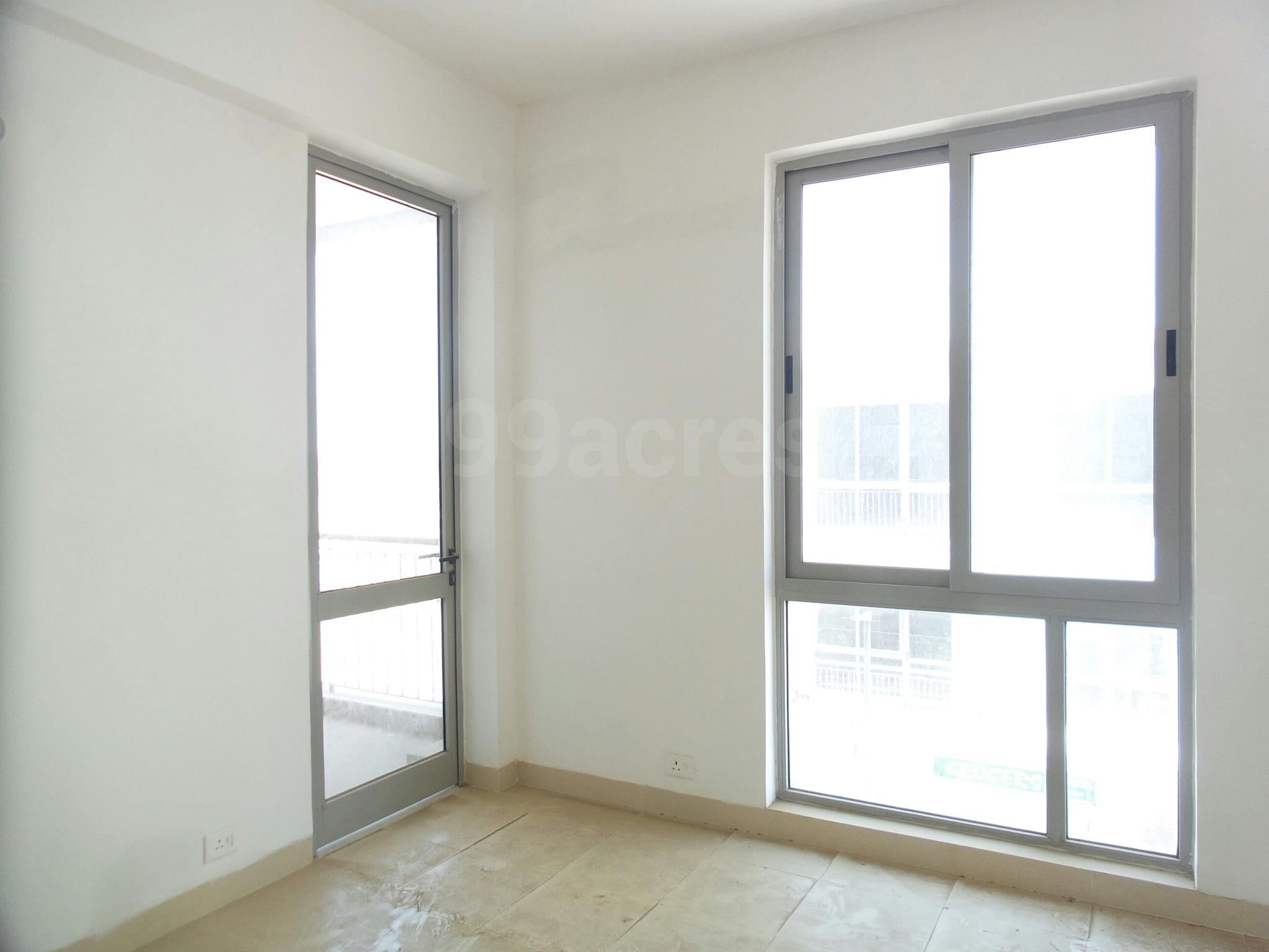 3 BHK 1720 Sq.Ft. Apartment in Emaar Palm Gardens