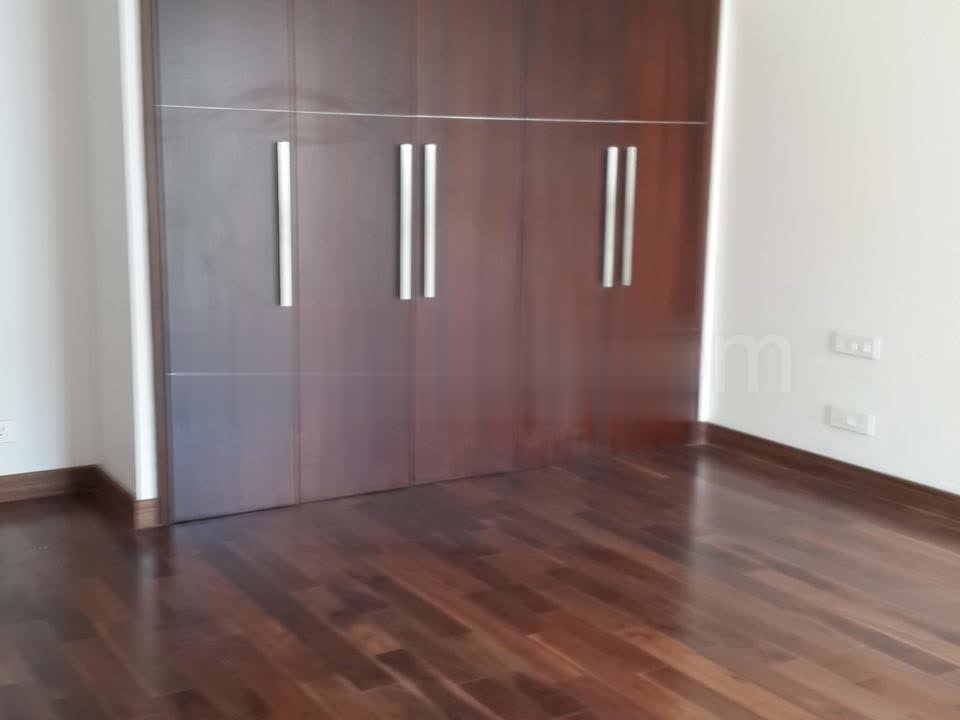 4 BHK 3400 Sq.Ft. Apartment in Dlf The Summit