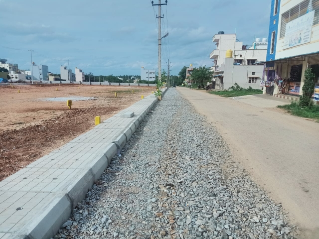 600 Sq.Ft. Plot in Thavarekere Magadi Road
