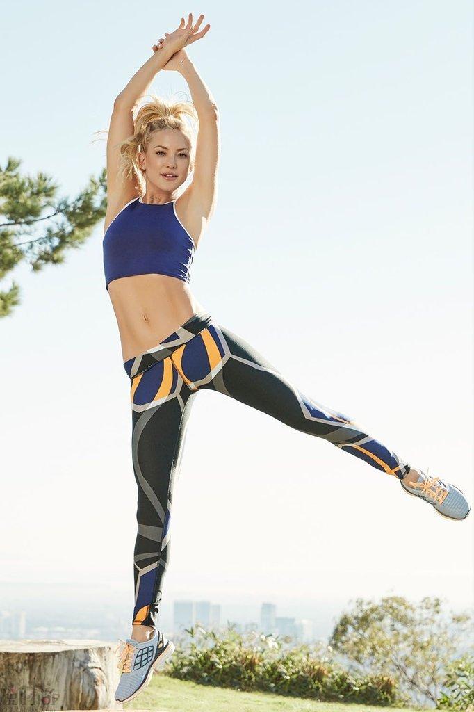 Kate hudson fabletics celebrity athleisure brand eb9047ad b72f 47c4 b77f b63085f4dbd9 2048x2048