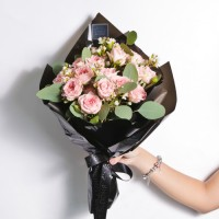 Dreamy Pink (Large Hand Bouquet)