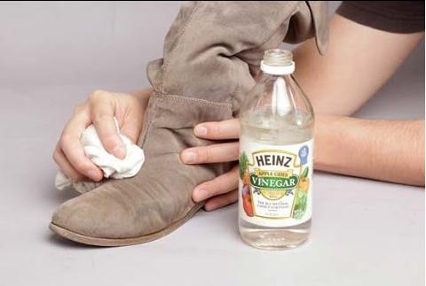 Heramo.com-làm sạch giày nhung-hình-2