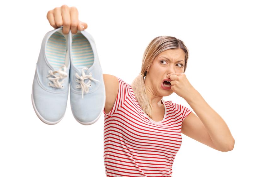 Heramo.com-giặt giày hết mùi hôi-hình 0
