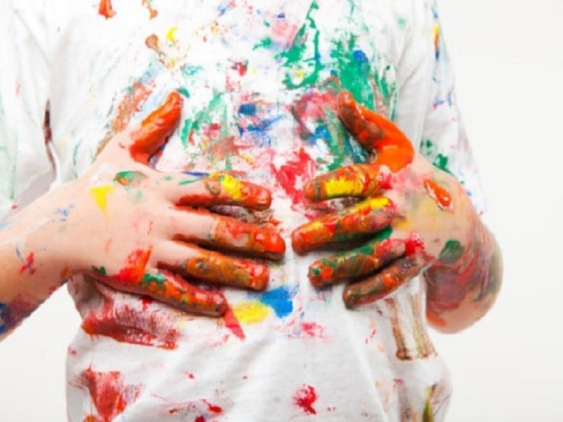 Heramo.com -giặt quần áo dính sơn hình 1