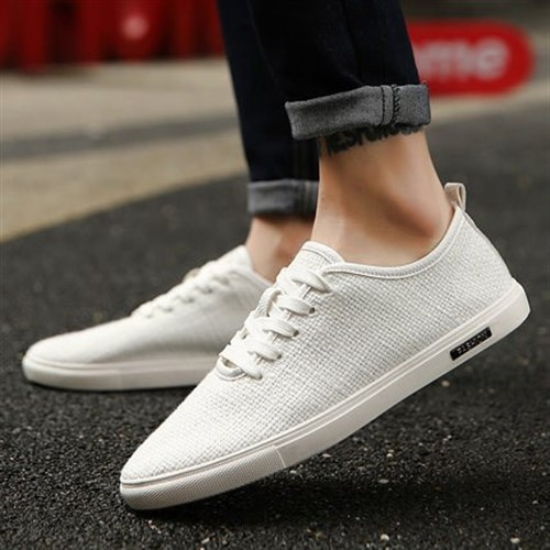 Giặt giày thể thao trắng sạch huy hoàng tại nhà | Tìm hiểu ngay!