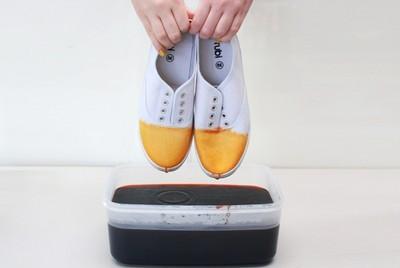 Heramo.com-vệ sinh giày bị lem màu-hình 4