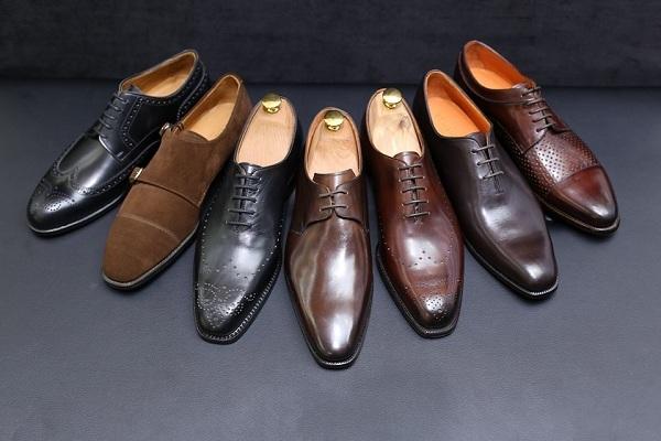 Heramo.com-vệ sinh giày da thô-hình 2