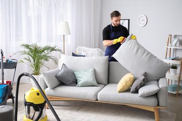 heramo.com- tẩy vết mực trên ghế sofa da- hình 7