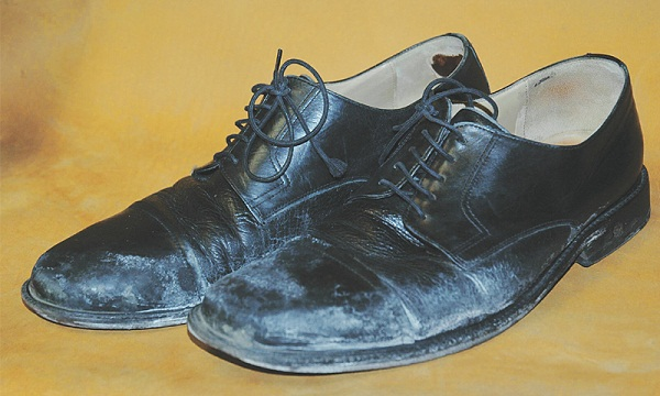 heramo.com- vệ sinh giày tây- hình 4