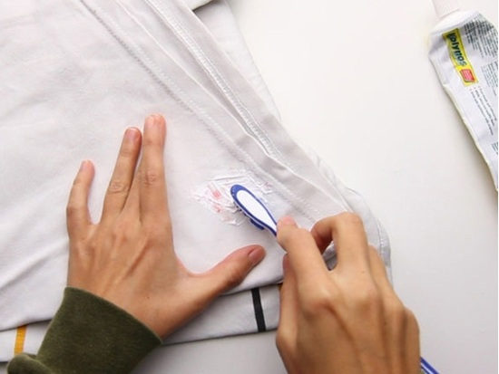 heramo.com- tẩy vết mốc trên áo phao- hình 2