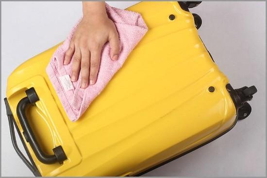 heramo.com- vệ sinh vali kéo- hình 2