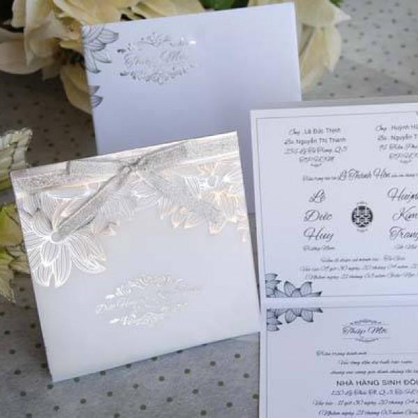 Thiệp cưới ép kim hiện đại