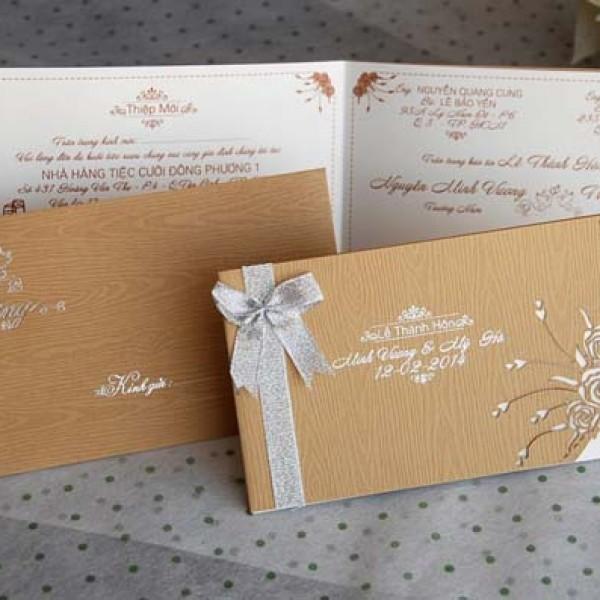 Thiệp cưới Kem gỗ DQ 1402