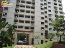 Blk 19 Queen's Close (Queenstown), HDB 4 Rooms #374392