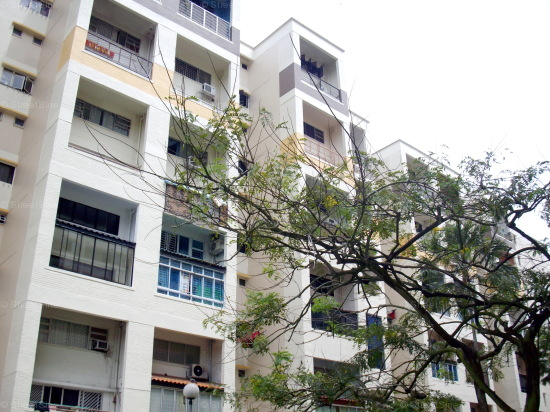 Blk 405 Jurong West Street 42 (Jurong West), HDB Executive #442992
