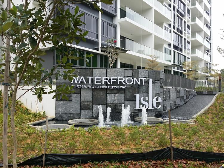 Waterfront Isle