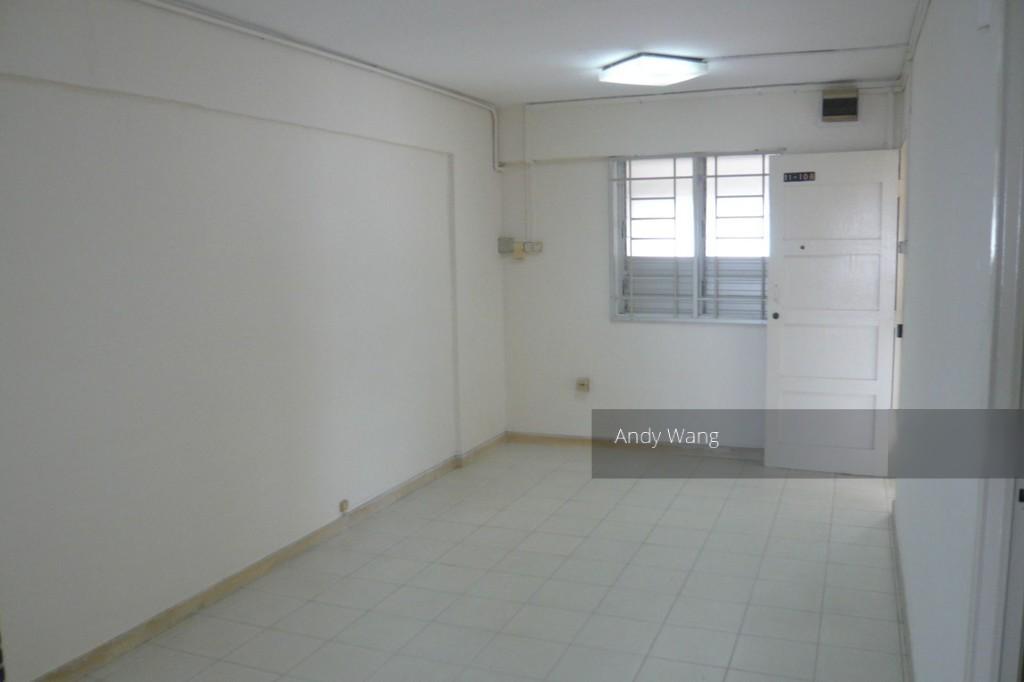 215 Serangoon Avenue 4