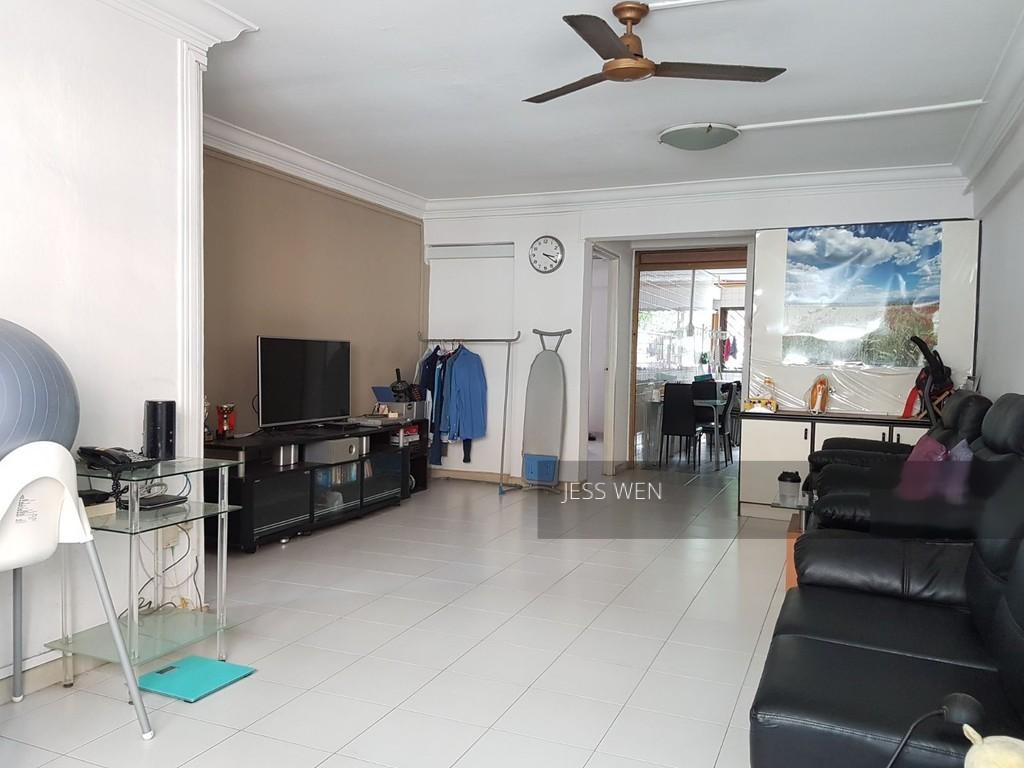 215A Jurong East Street 21