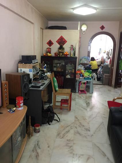323 Hougang Avenue 5