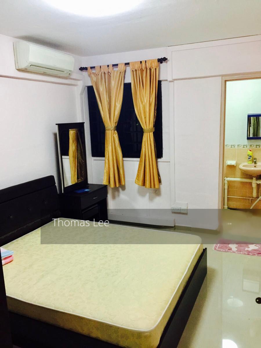 735 Yishun Street 72