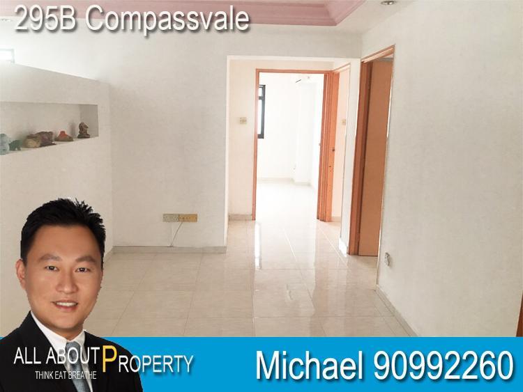 295B Compassvale Crescent