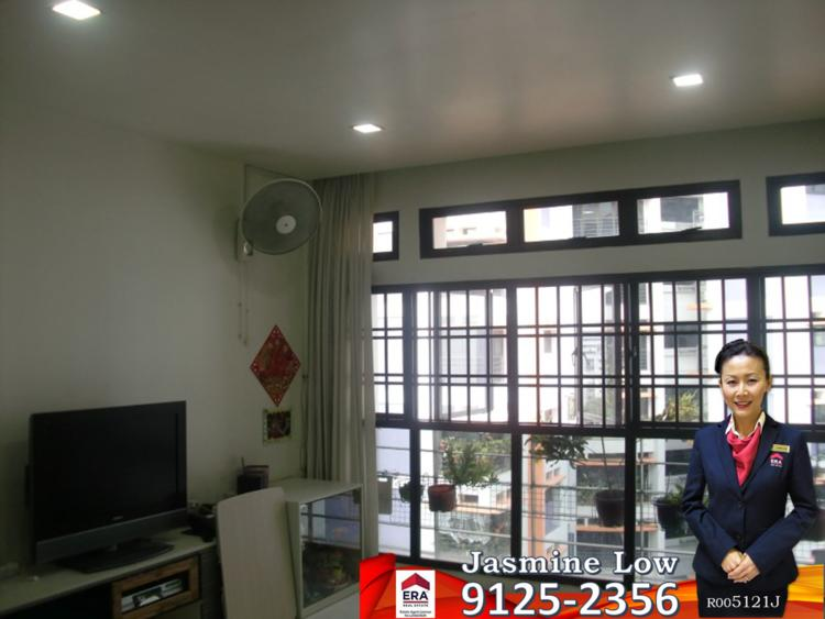 Jurong West Street 52 thumbnail photo