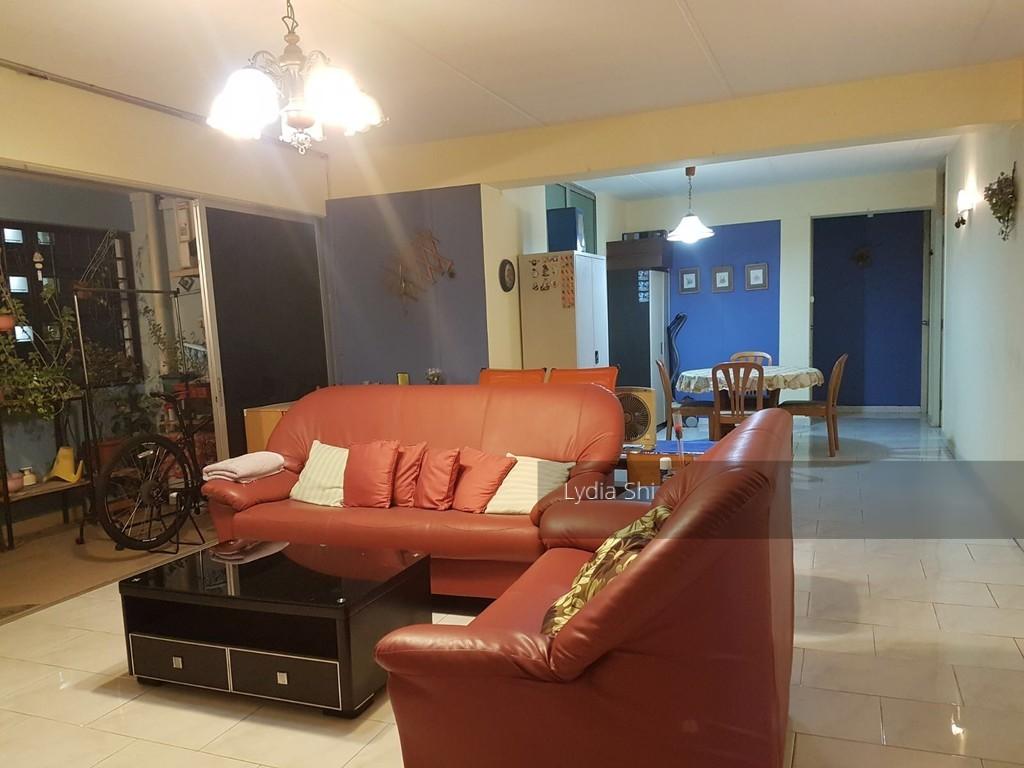 251 Pasir Ris Street 21