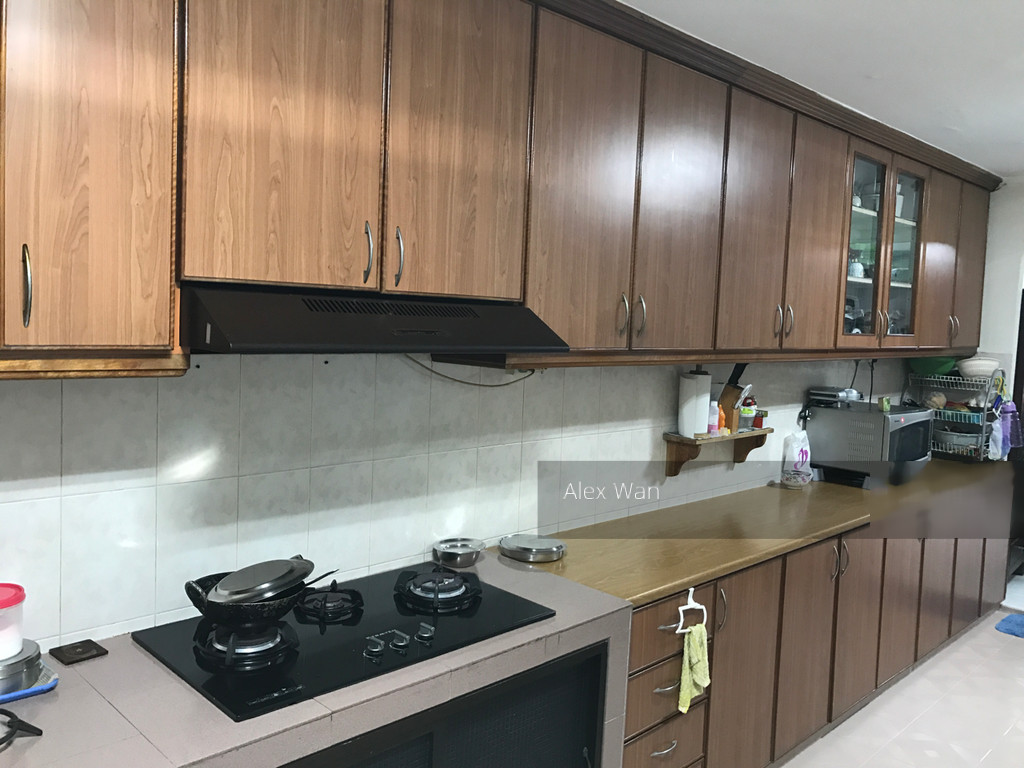 232 Serangoon Avenue 3