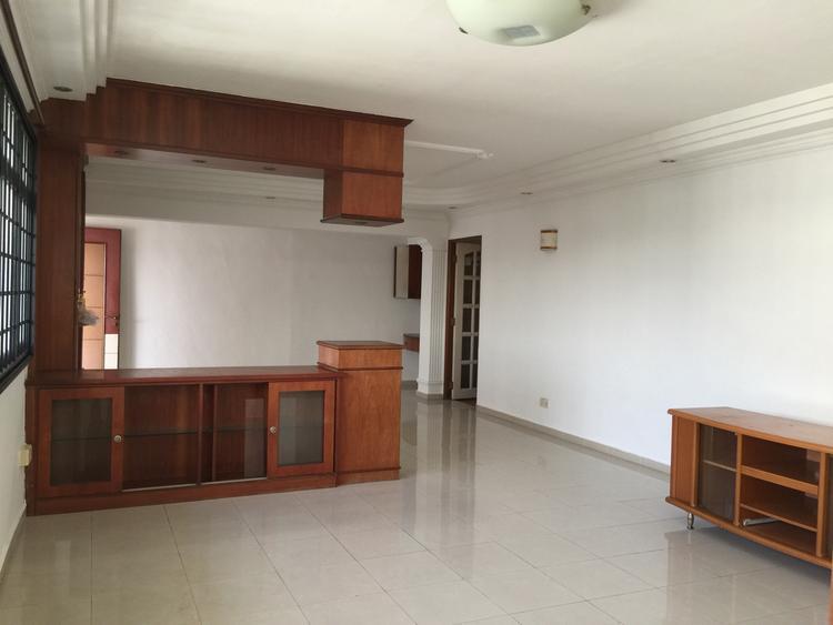 854 Jurong West Street 81