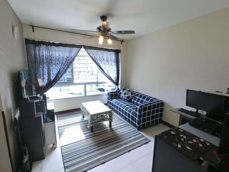 570B Woodlands Avenue 1