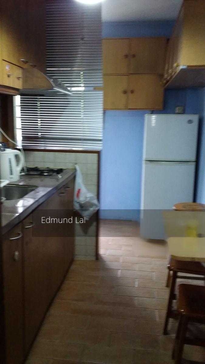 Taman Ho Swee (Bukit Merah), HDB 3 Rooms - For Rent #77821972