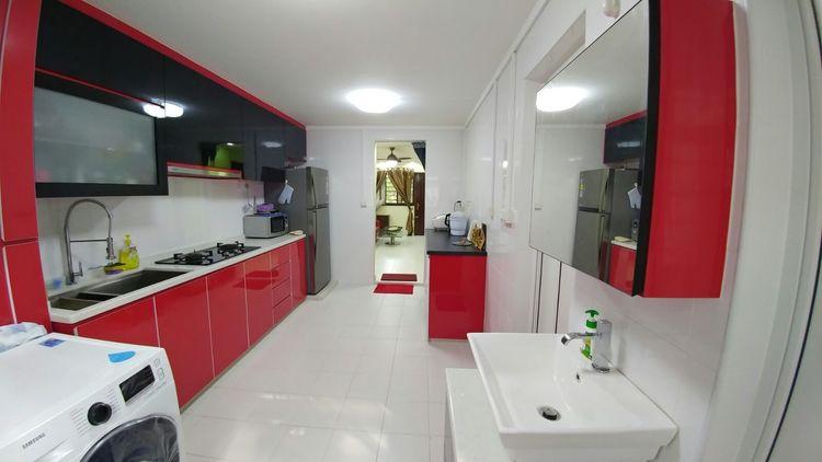 316 Hougang Avenue 7