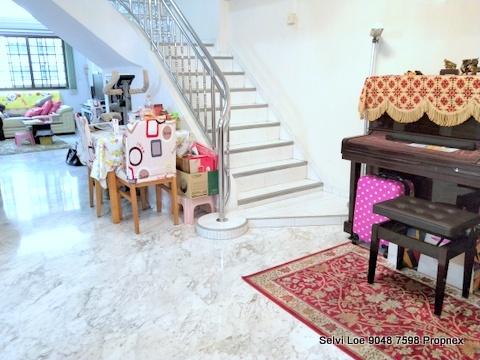 714 Jurong West Street 71