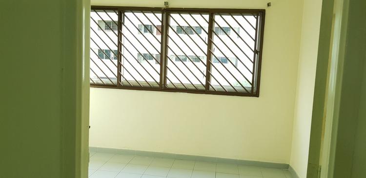 823 Jurong West Street 81