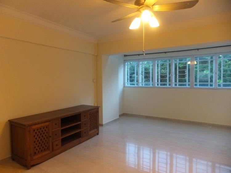 319 Serangoon Avenue 2