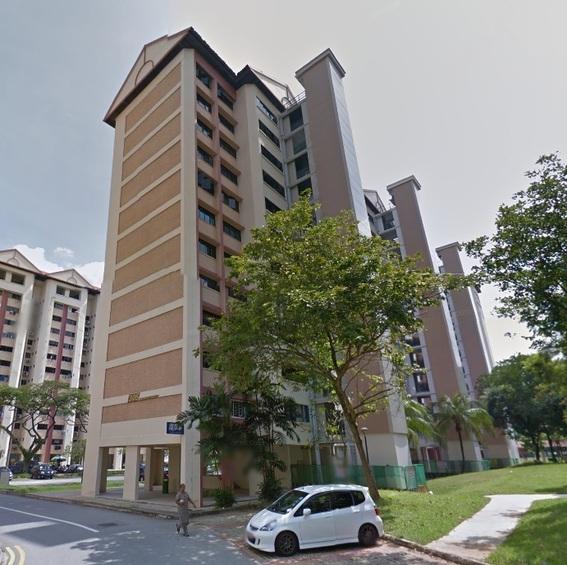 305 Jurong East Street 32