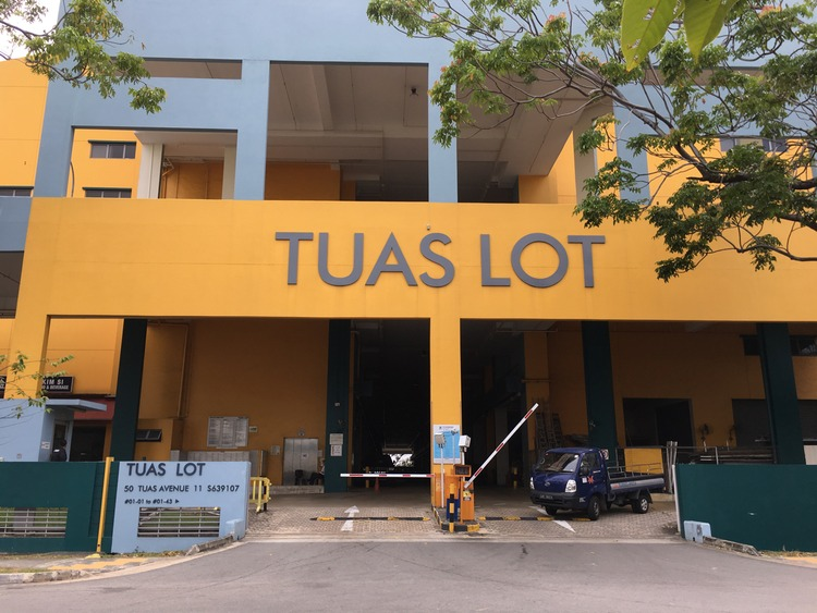 Tuas Lot