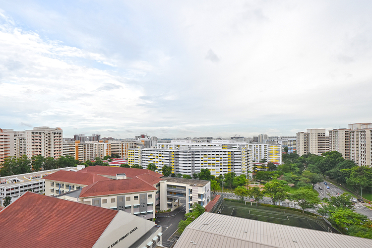 577 Hougang Avenue 4