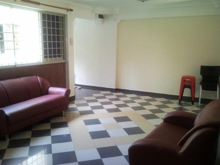 245 Serangoon Avenue 2