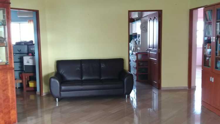 203 Bukit Batok Street 21